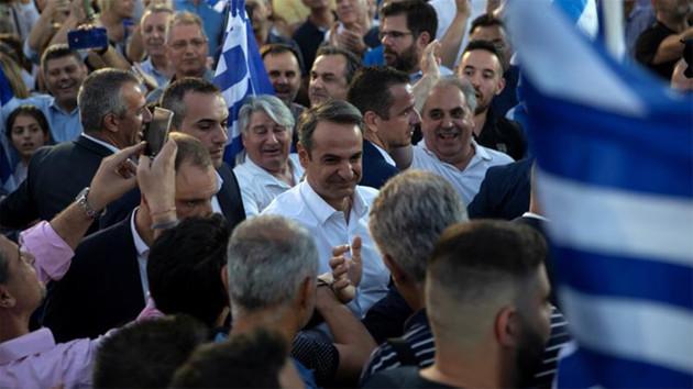 Yunanistan'ın yeni lideri Miçotakis'ten Erdoğan'a çağrı