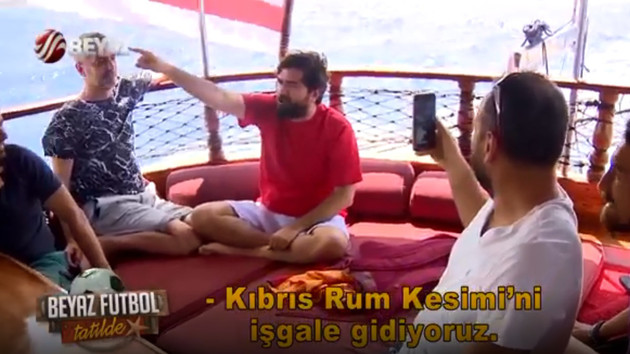 Rasim Ozan Kütahyalı ve Beyaz TV ekibi Atatürk'ün sözüyle dalga geçti