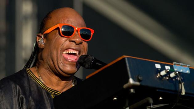 Ünlü sanatçı Stevie Wonder'a uygun böbrek bulundu