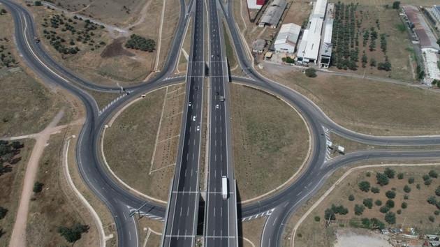 İstanbul – İzmir arası 3,5 saate düşecek! Yol fiyatı ne kadar?