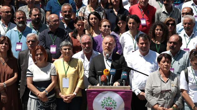 HDP'den tüm partilere çağrı: Demokratik müzakere için sorumluluk alın