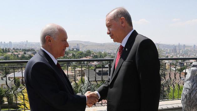 Abdulkadir Selvi: Erdoğan Bahçeli görüşmesi basına yansıdığı gibi yarım saat değildi