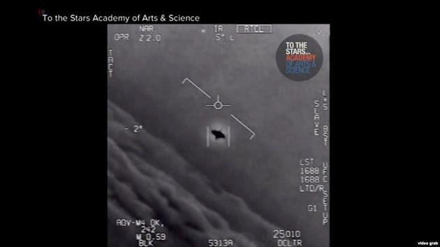Pentagon'dan itiraf: UFO görüntüleri gerçek...
