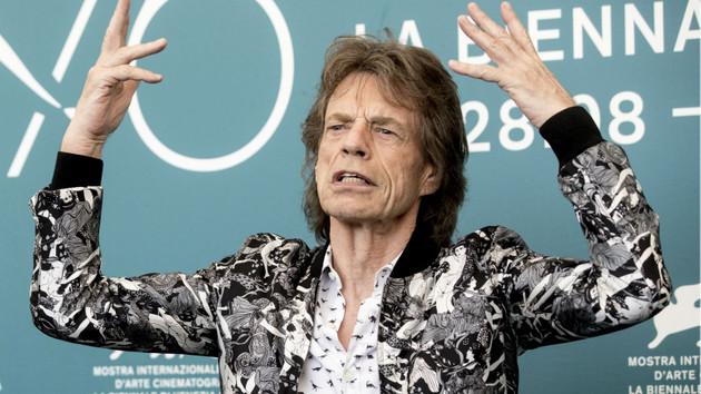 Mick Jagger: Kabalığın ve yalanın bizi götüreceği yerden korkuyorum