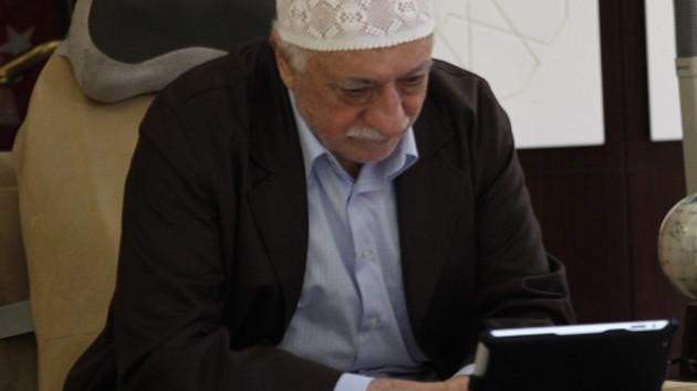Fethullah Gülen'in hüzünlü bayramı! Ağladı, ağlattı...