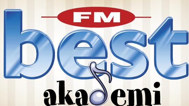 Best FM radyoculuğun dersini veriyor!