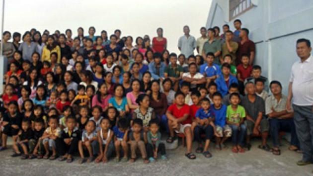39 karısı, 127 çocuğuyla seçmenlerin ilgi odağı