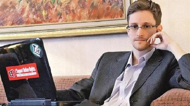 Citizenfour discloses big brothers everywhere