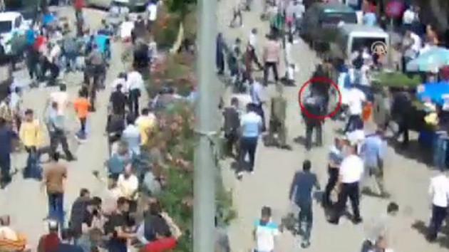 AK Partili kadınlara saldırı anı kamerada