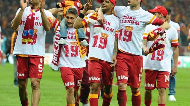 Fatih Terim'den final maçı için sürpriz 11! - MedyaFaresi.com