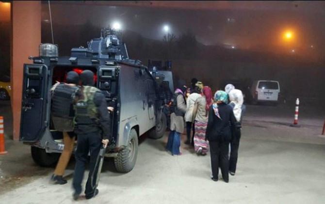Şırnak'ta 15 kız öğrenciye gözaltı