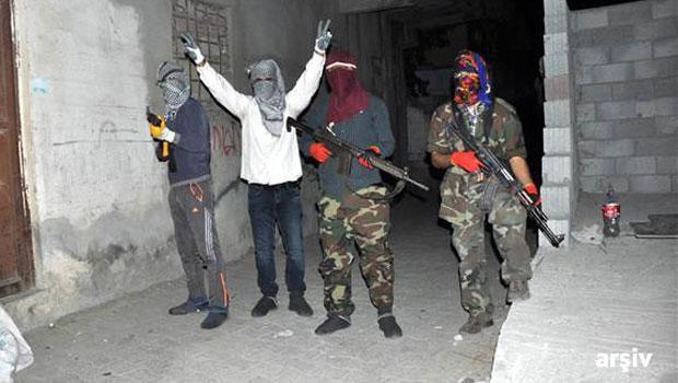 PKK'lılar, Cizre'de PTT aracına saldırdı! 1 ölü
