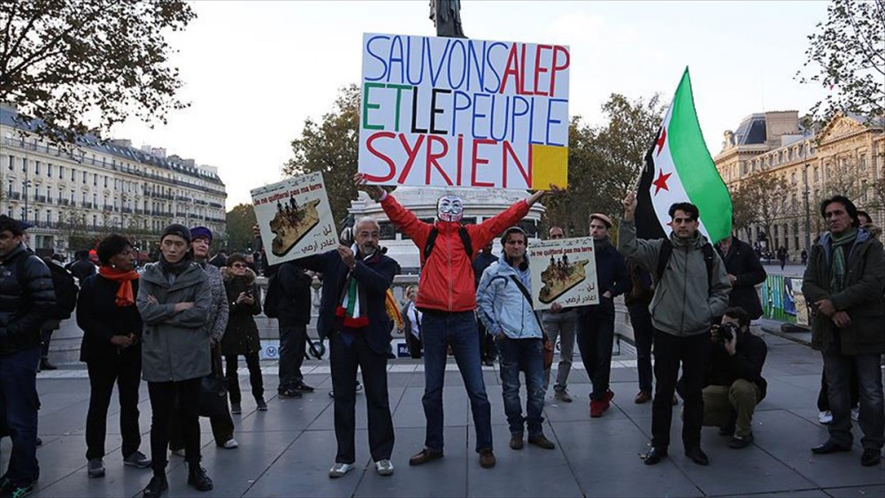 Paris'te Halep protestosu