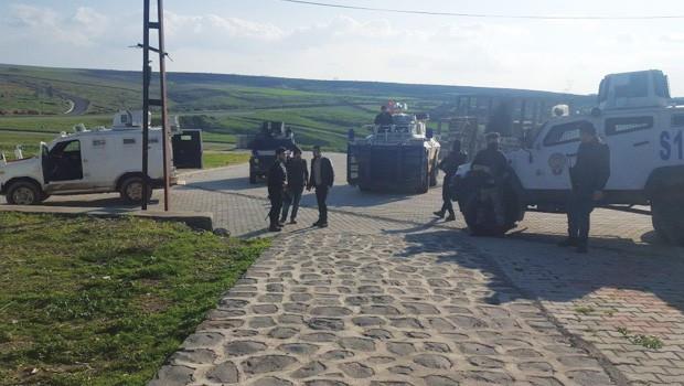 HDP'li Ferhat Encü'nün bulunduğu evi polis bastı! 4 kişi gözaltına alındı