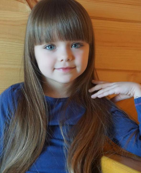 Dünyanın en güzel çocuğu Kristina Pimenova foto galerisi
