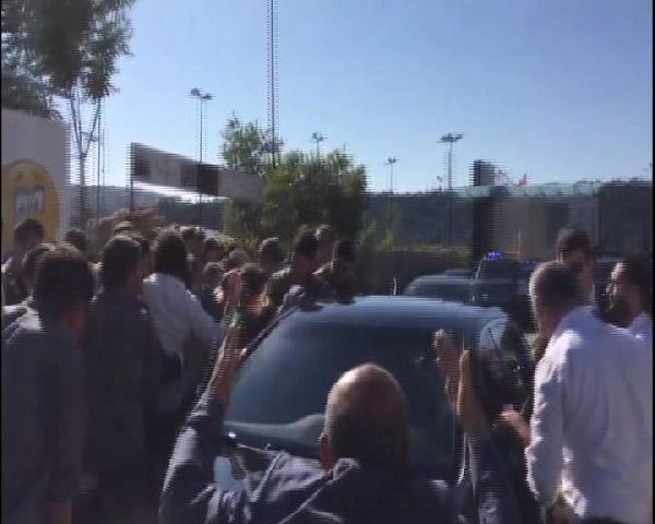Konvoyu durdurup Erdoğan ile bayramlaştılar