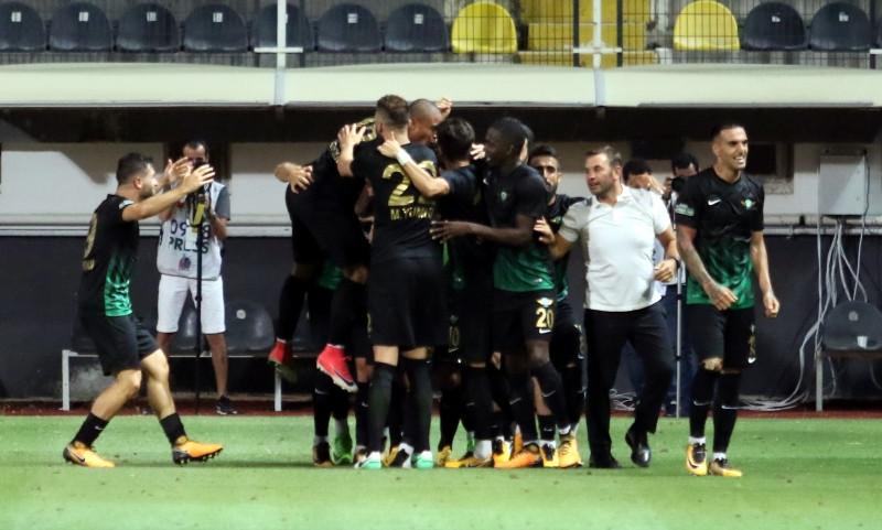 Akhisar Belediyespor Demir Grup Sivasspor'u 1-0 mağlup etti