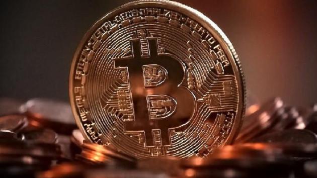 Bitcoin'de satışlar sertleşti! Kripto para piyasası yarım günde yüzde 17.93 daraldı