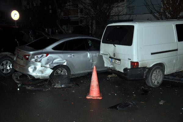 Alkollü sürücü 9 araca çarptı, Viski yok mu diye sordu