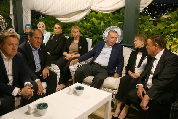 Erdoğan'dan Demirören ailesine taziye ziyareti
