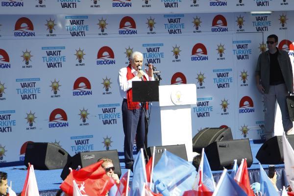 Binali Yıldırım: CHP'nin şimdi iki tane genel başkanı var