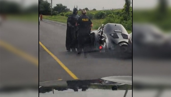 Suçluların korkulu rüyası Batman polis kontrolüne takıldı