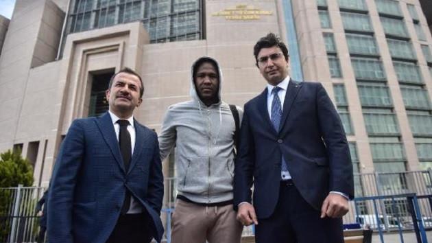 Trabzonsporlu futbolcu Rodallega'dan suç duyurusu