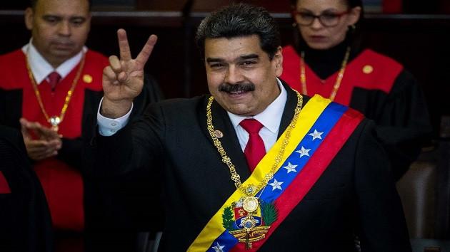 Venezuela'da darbe girişimi! İsyancı askerler Maduro'yu devirmek için harekete geçti