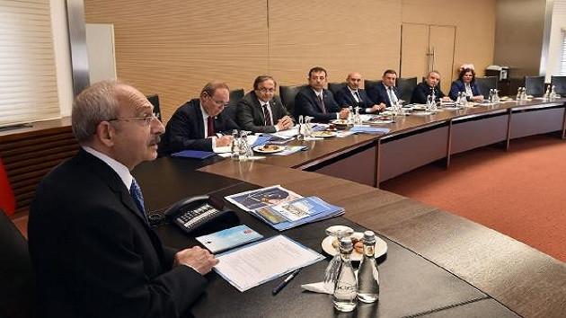 Kemal Kılıçdaroğlu CHP'li 11 büyükşehir belediye başkanı ile görüştü