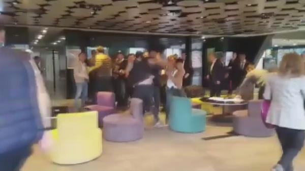 Haliç Üniversitesinde baskın anı: Vura vura rektörün odasına çıktılar