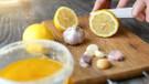 Limon suyuna sarımsak atıp içmenin inanılmaz faydaları
