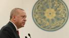 Erdoğan Cambridge Camisini açtı: Başörtülü Müslüman kadınlar tacize uğruyor