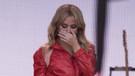 Kylie Minogue Glastonbury Festivali'nde ağladı