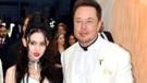 Elon Musk'ın sevgilisi Grimes'ten dikkat çeken çıplak poz