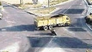 İşte bir dikkatsizlik ve bir trafik kazası daha! Saniye saniye ölüm!!! VİDEO
