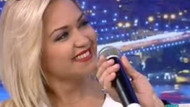 Hilal Ergenekon canlı yayında şarkı söyledi!