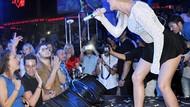 Alexandra Stan Antalya'da minisiyle şov yaptı!