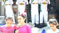 Diyarbakır'da Kürdistan yazan tişörtler satışta!