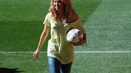 Shakira'dan final maçında oynanacak topa onay çıktı!
