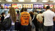 Komünistler McDonalds hamburger yer mi? 1 Mayıs anısı!