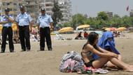 Plajda bikini, don denetimi! Zabıtadan ilginç kontrol!