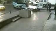 Yolcu minibüsüyle otomobil böyle çarpıştı!