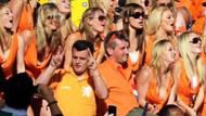 Mini etekli Hollandalı kızları neden stattan attılar?