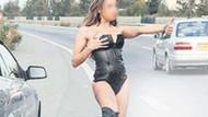 Kıbrıs'ta seksi kıyafetle ilginç erkeklik testi!