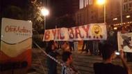 Trabzonspor taraftarından NTV önünde protesto