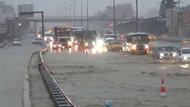 İstanbul'da yağmur E-5 trafiğini felç etti!