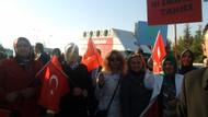 MHP'liler Beyaz Tv sunucusunu protesto etti!
