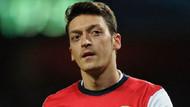 Mesut Özil İngiltere'de manşetlerde!