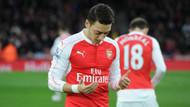 Mesut Özil'in maçtan önceki duası İngiltere'yi salladı
