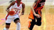 AGÜ Spor: 68 - UMMC Ekaterinburg: 54